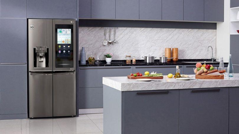 Neue InstaView Kühlschrank-Technologie von LG bietet auf der CES Einblicke in die Küche von morgen