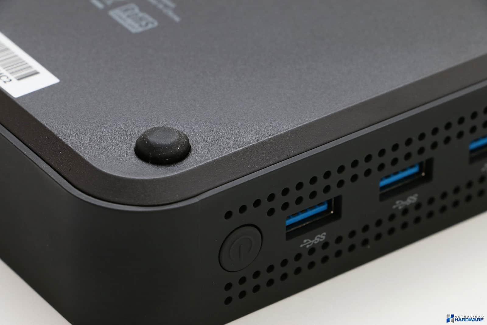 Minix Neo N42C-4: Bottom